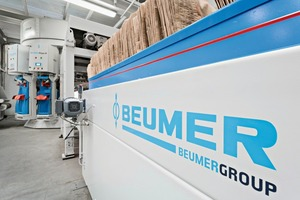 "<div class=""bildtext_en"">2 The fillpac<sup>®</sup>, equipped with the Beumer bag discharge line SA 4000</div>"