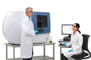 """<div class=""""bildtext_en"""">2 Spectro ARCOS ICP-OES Spectrometer with operator</div>"""