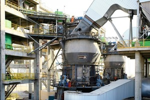 "<span class=""bildunterschrift_hervorgehoben"">13</span>	Vertikal mill for clinker grinding at Ras-Al-Khaimah in VAE ­(Loesche)<br />"