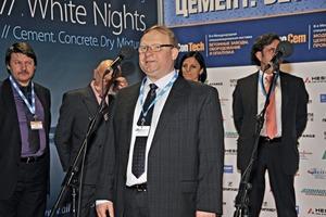 Dr. Bolshakov organisierte die Veranstaltung