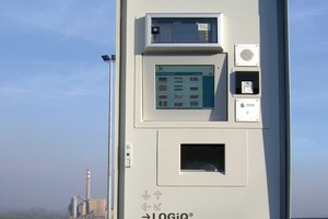 """<div class=""""bildtext_en"""">The LOGiQ system implemented at twoRussian cement works</div>"""