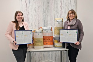 """<div class=""""bildtext_en"""">1 Pleased about their lime systems' positive product rating: Chief Quality Assurance Officer Birte Rowold (at right) and Product Manager Bettina Rüger</div>"""