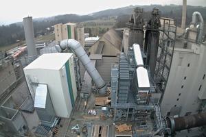 Die Wärmetauscher zur Wärmeauskopplung aus der Mittenluft sind montiert<br />