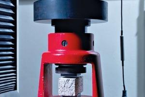 1 Compressive strength test • Druckfestigkeitsprüfung