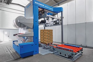 "<div class=""bildtext_en"">3 The easy, intuitive and reliable operation of the Beumer stretch hood A is especially appealing to customers </div>"