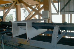 "<span class=""bildunterschrift_hervorgehoben"">1</span>	Magnet and detector in a cement plant<br />"