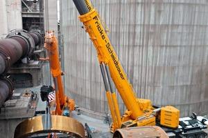 Vormontagearbeiten: Aufziehen des Laufrings für Station 3<br />