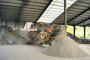 "<div class=""bildtext_en"">Gypsum recycling</div>"