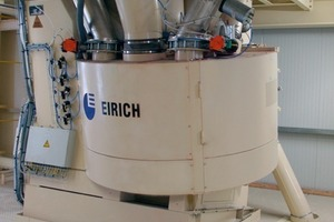 "<span class=""bildunterschrift_hervorgehoben"">1</span>	Eirich intensive mixer Type R19<br />"