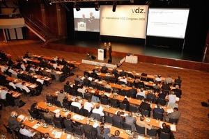 "<span class=""bildunterschrift_hervorgehoben"">1</span>The 6. VDZ congress (source: VDZ)<br />"