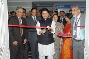 """<span class=""""bildunterschrift_hervorgehoben"""">2</span>Opening of the technical exhibition by Shri Jyotiraditya Scindia <br />"""