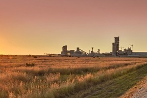 """<div class=""""bildtext_en"""">New operational cement plant in South Africa</div>"""