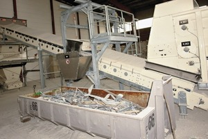 "<div class=""bildtext_en"">7 Centerpiece of the plasterboard panel recycling plant is the powerful 90 kW grinder</div>"