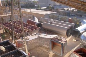 Vormontage der Einlauf- und Auslaufkanäle des Gewebefilters<br />