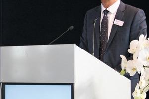 "<div class=""bildtext_en"">1 Cemex Deutschland AG Chairman Eric Wittmann set the theme: ""Industrial safety has top priority around the globe""</div>"