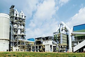 "<div class=""bildtext_en"">9 New integrated cement plant, Togo</div>"