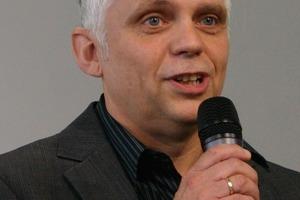 3 Dr. Thomas Marzi<br />
