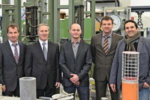 Die Macher des neuen umweltfreundlichen BCT-Technologie (v.l.n.r.): Dr.Wolfgang Dienemann, Ernest Jelito, Frank Bullerjahn, Dr.Dirk Schmitt und Dr. Mohsen BenHaha