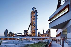 "<div class=""bildtext_en"">6 Hermosillo cement plant, Mexico</div>"