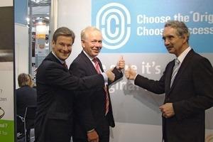 Promoting the original (from left): Stephan Philip Kühne, Dr. Hannes Hesse and Hartmut Schauerte<br />
