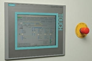 The MP&nbsp;277&nbsp;Touch Panel is suitable for remote service via Profinet as well as for archiving important process data <br />