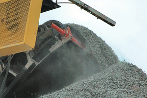 """<div class=""""bildtext_en"""">The cleaners are engineered specifically for rock/aggregate applications</div>"""