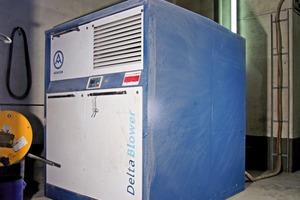 "<div class=""bildtext_en"">1 Frontside of the new Delta Hybrid compressor series</div>"