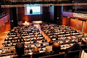 """<div class=""""bildtext_en"""">1 Around 600 participants from twenty-nine countries met in Weimar for discussions from 16 to 18 September</div>"""