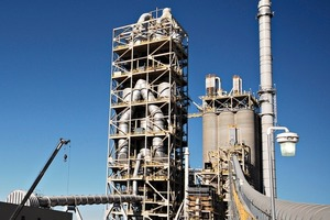 "<div class=""bildunterschrift_en""><span class=""bu_ziffer_blau"">11</span> TXI's Oro Grande cement plant </div>"