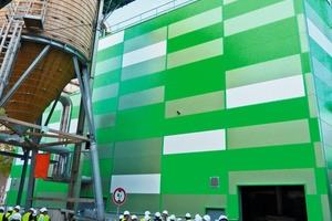 """<div class=""""bildtext_en"""">3 In the truest sense of the word – the green system for chlorine removal, showing the wooden silo for salt storage at left</div>"""