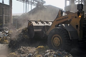 """<div class=""""bildtext_en"""">16 Mixing for uniform feed at the cement plant</div>"""