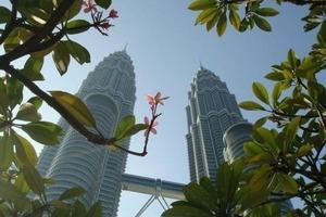 Petronas Towers in Kuala Lumpur/Malaysia<br />