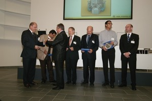 "<span class=""bildunterschrift_hervorgehoben"">2</span>	Awards for the first pilot plants (from left: O. Jung, M. Gaur, K. Podhora, Dr. E. Kulenkamp, T. Hauri, A. Mansouri, G. Keune)<br />"