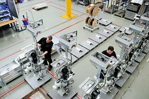 "<div class=""bildunterschrift_en"">Prefabrication of Rotopacker modules on modern digital ­production lines</div>"