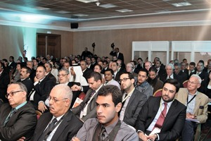 """<div class=""""bildtext_en"""">A concentrated audience followed the lectures</div>"""