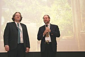 Veranstalter Ferdinand Leopolder (links) und Technischer Leiter Prof. Dr. Johann Plank