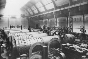 Preliminary assembly of mills around 1895<br />
