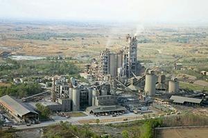 """<span class=""""bildunterschrift_hervorgehoben"""">11</span>Rewa cement factory of JAL (Jaypee)<br />"""