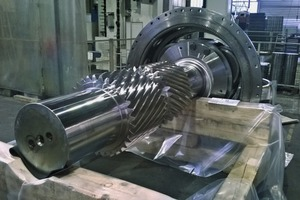 """<div class=""""bildtext_en"""">7 The old double helical pinion shafts were machined in only three weeks. The original drill patterns and pitch were measured precisely and then incorporated again into the new shafts. The old planetary stages were then bolt-assembled with the new inside pinion shafts</div>"""