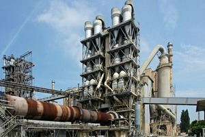 """<span class=""""bu_ziffer_blau"""">5</span> The kiln lines 3 and 4 at the Karsdorf are currently in operation"""