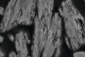 "<div class=""bildtext_en"">7 SEM photograph of a polished thin section of burnt kaolinite particles – left: muffle kiln; </div><div class=""bildtext_en"">right: flash calciner</div>"
