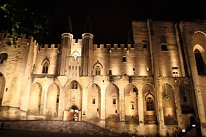 "<div class=""bildtext_en"">1 The famous Medieval Papal Palace in Avignon offers a splendid conference centre in its vast underground vaults</div>"