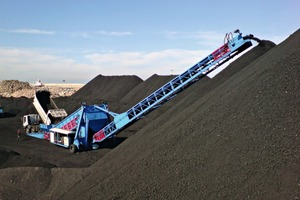 """<div class=""""bildtext_en"""">2 The Stormajor for bulk materials handling</div>"""