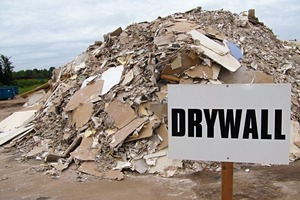 "<div class=""bildtext_en"">9 Correct separation of the construction waste is essential for successful gypsum recycling</div>"