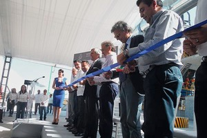 "<div class=""bildtext_en"">Inauguration of the second production line</div>"