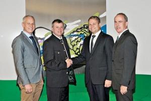 "<div class=""bildtext_en"">2 From left: Ing. Norbert Mairhofer, MBA; DipI.-Ing. Anton Secklehner (plant manager, Kirchdorfer Zementwerk Hofmann GmbH); Alois Hermandinger and Herbert Scheuringer (both of Scheuch GmbH)</div>"