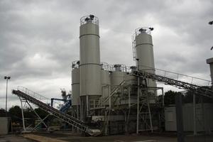 "<div class=""bildtext_en"">Production of Alternative Raw Materials fro Clinkerproduction<br /></div>"
