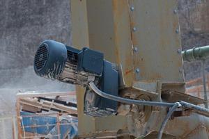 Schneckenförderer mit Flachgetriebe<br />