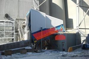 """<div class=""""bildtext_en"""">4 Aumund Storage Surface Feeder (SSF) in operation at Lehigh-Edmonton</div>"""