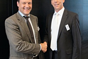 """<div class=""""bildtext_en"""">The new deputy president of the BVK, Dr. Kai Schaefer, is welcomed by Dr. Thomas Stumpf</div>"""